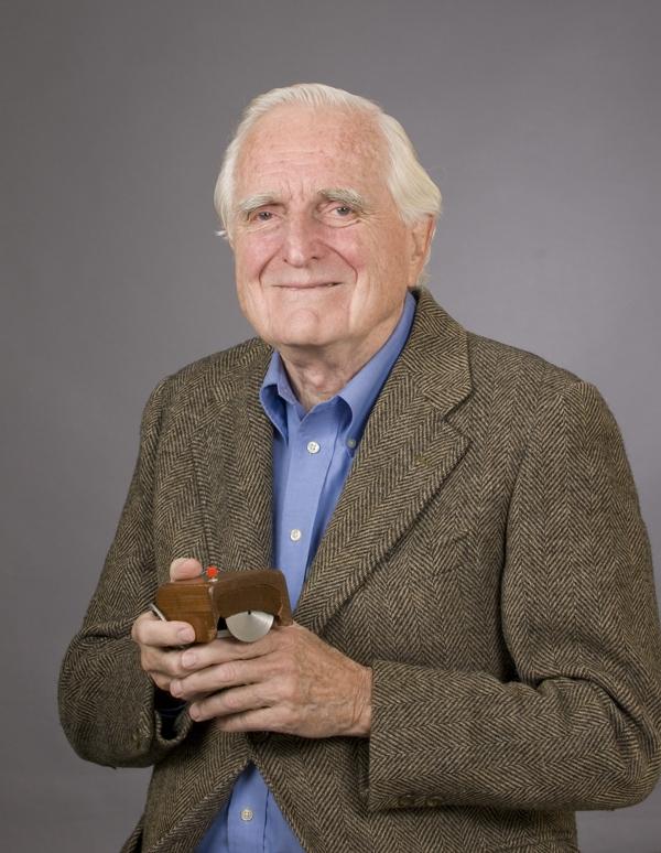 Source: http://commons.wikimedia.org/wiki/File:SRI_Douglas_Engelbart_2008.jpg
